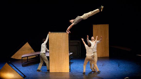 El circ d''inTarsi' inaugura avui la temporada del Teatre-Auditori amb entrades exhaurides