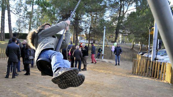 C's insta l'Ajuntament a instal·lar terra de cautxú al voltant dels jocs dels parcs infantils de Sant Cugat