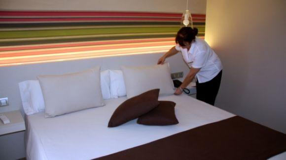El Consell Comarcal obre la selecció per a cinc llocs de feina per ser cambrer a hotels de Barcelona