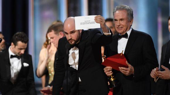 Reviu com Cugat.cat ha retransmès en directe la pífia de l'entrega de l'Oscar a millor pel·lícula