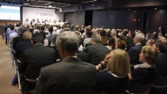 Grifols supera per primera vegada els 4.000 milions d'euros d'ingressos