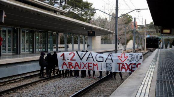 La UAB viu la segona jornada de vaga per exigir la rebaixa d'un 30% en les taxes universitàries