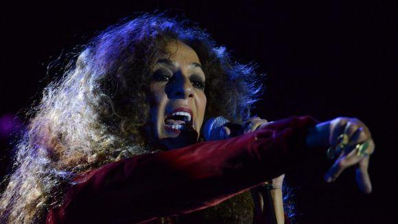 Rosario fa vibrar el Teatre-Auditori amb cançons del nou disc i els grans èxits de sempre
