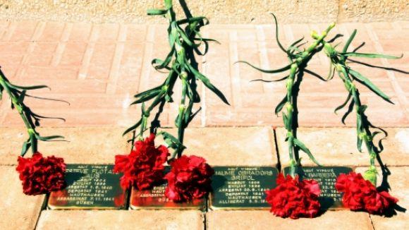 La formació vol que s'encarreguint tres Stolpersteine en memòria dels deportats / Foto: ACN