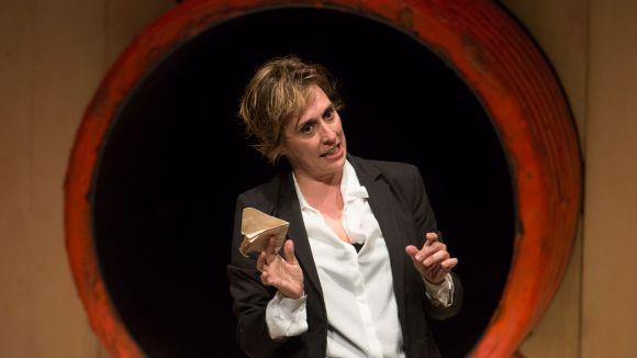 Clara Segura porta una mare al límit al Teatre-Auditori amb 'Conillet'