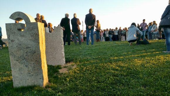 Sant Cugat estrena 'Rosa dels Vents', de Pep Codó, al cim del turó de Can Mates