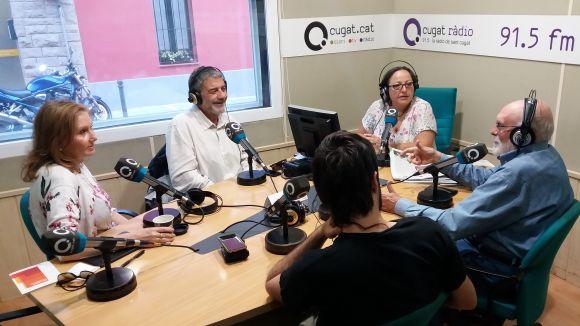 Els tertulians d'aquest dilluns amb presentadora, Carme Reverte