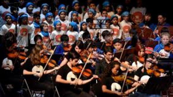Concert solidari amb la coral infantil Vozes