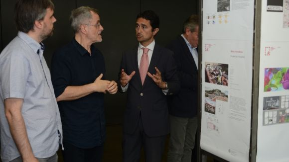 Moment de la presentació de la '7a Mostra d'arquitectura del Vallès' a l'ajuntament / Foto: Localpres