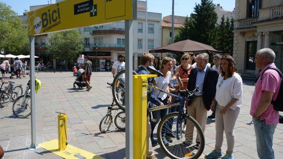 El RACC instal·la a Sant Cugat les dues primeres estacions d'autoreparació de bicicletes del país