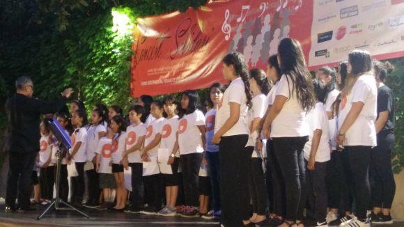 El Club Cantarell celebra 35 anys amb un recital solidari a càrrec de la coral Vozes