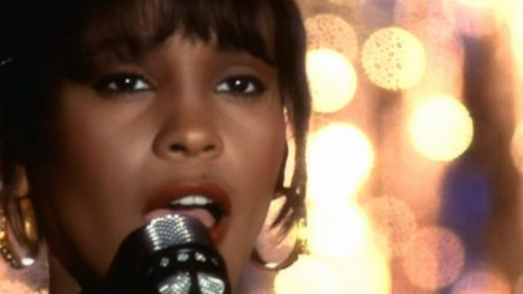 Whitney Houston cantant 'I will always love you' / Imatge: Videoclip de la cançó