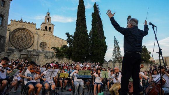 Les orquestres joves i corals de Sant Cugat ofereixen un Cant Comú sota la batuta de Josep Ferré
