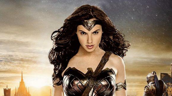 La superheroïna 'Wonder Woman' irromp avui als cinemes de Sant Cugat