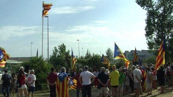 L'estelada torna a onejar a Sant Cugat en uns terrenys privats a la carretera de Cerdanyola