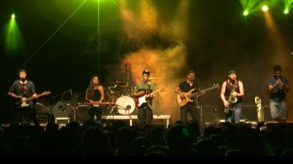 Animal omple el parc de Ramon Barnils amb la mescla de reggae, pop i soul