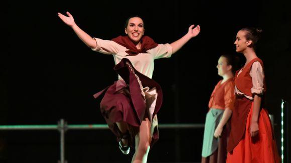 El Grup Mediterrània omple un any més la plaça de l'Om en l'actuació de Festa Major