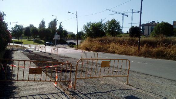 El carrer de Vallseca tindrà noves voreres per reforçar el camí escolar segur fins al Ciutat d'Alba