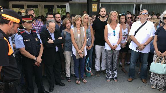 Sant Cugat fa cinc minuts de silenci en honor a les víctimes de l'atemptat a Barcelona i Cambrils