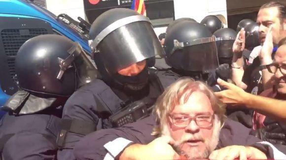 L'excap del gabinet d'alcaldia Marc Monells parla del seu forcejament amb els Mossos