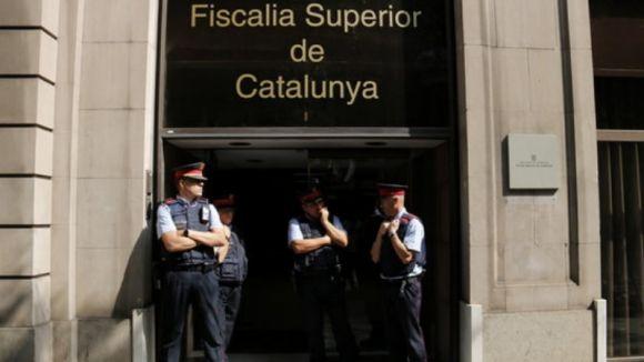 La Fiscalia ordena els Mossos identificar els responsables de col·legis de l'1-O