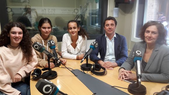 D'esquerra a dreta: Martina Ríos, Lilian Tolleson, Magda Kalil, Joan Reixach i Susana Garcia.