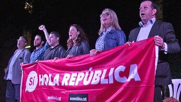 Els partits del 'sí' apel·len a la 'dignitat' per cridar a la participació al referèndum