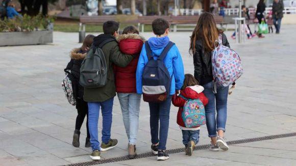 La Coordinadora d'AMPA defensa les escoles públiques davant les acusacions d'adoctrinament