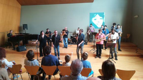 La presentació del nou disc s'ha dut a terme l'Aula Magna de l'Escola de Música Victòria dels Àngels