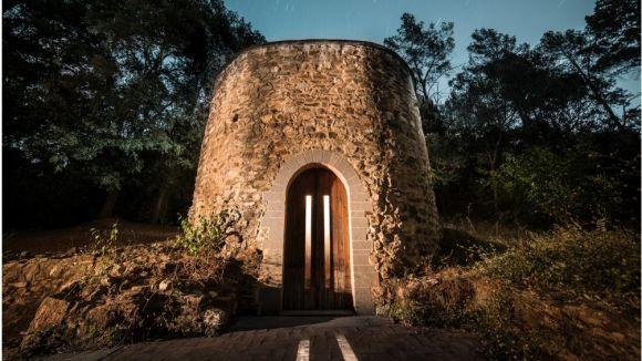 Mariano Pagès inaugura avui una exposició fotogràfica sobre edificis religiosos a Collserola