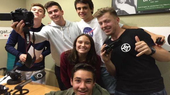 L'equip d''El Núvol' amb els youtubers