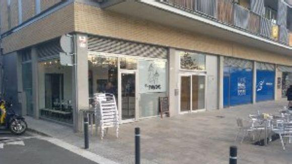La xurreria i cafeteria El Puntet obre al passeig de Francesc Macià