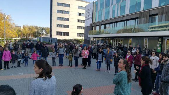 L'Esbart i el Grup Mediterrània demanen la llibertat dels 'presos polítics' amb una ballada conjunta