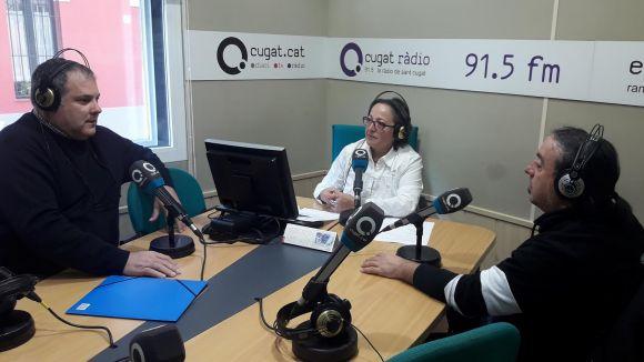 D'esquerra a dreta: Juanjo Cortés i Eduard Píriz acompanyats per la presentadora Carme Reverte