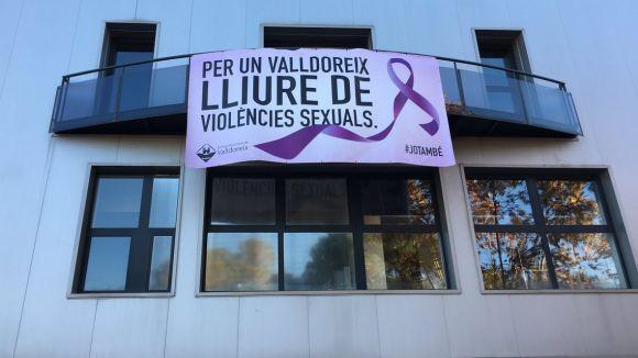 Valldoreix alça la veu en la lluita contra la violència masclista i la Sida