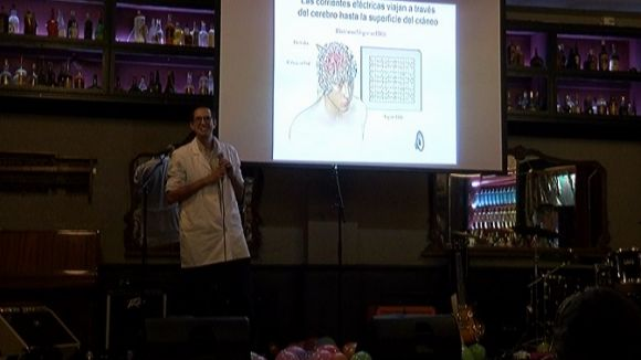 Ciència i música s'uneixen al Cafè Belgrado en benefici del projecte Brain Polyphony
