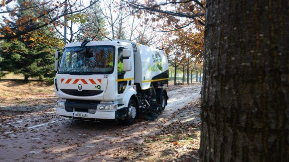 Arrenca la campanya de recollida de fulles caigudes dels arbres