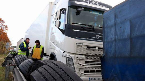 Llibertat provisional per al mosso detingut per punxar rodes de camions a l'AP-7
