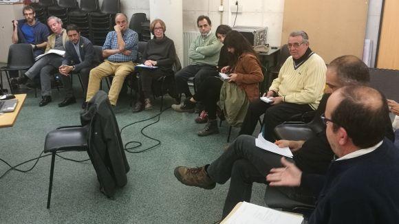 Calvet referma el compromís de fer habitatge públic a la Floresta i s'alia amb el veïnat per treballar plegats
