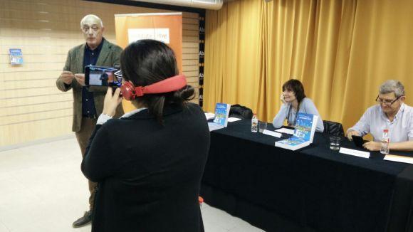 Els professionals de la informació en l'era digital, reivindicats a '#MOJO. Manual de periodismo móvil'