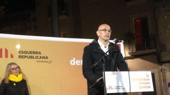 Romeva durant la seva intervenció a l'acte d'ERC a plaça de Barcelona