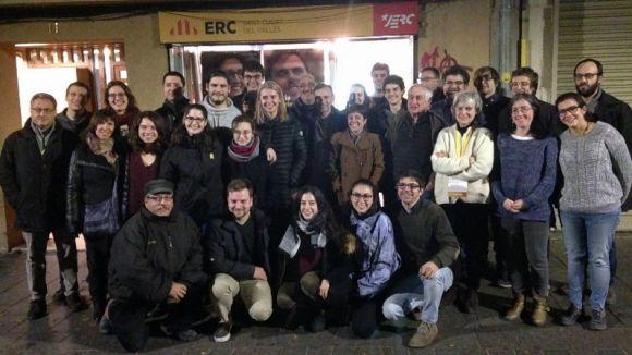 Membres d'ERC celebren el resultat de les eleccions a la seu del partit