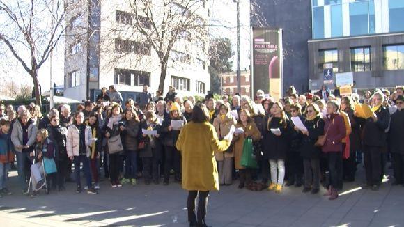 Prop de 300 persones canten nadales en suport als 'presos polítics'