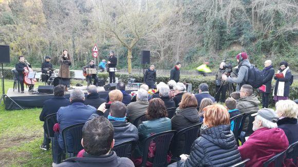 Record al periodista assassinat Josep Maria Planes amb un monòlit a la Rabassada