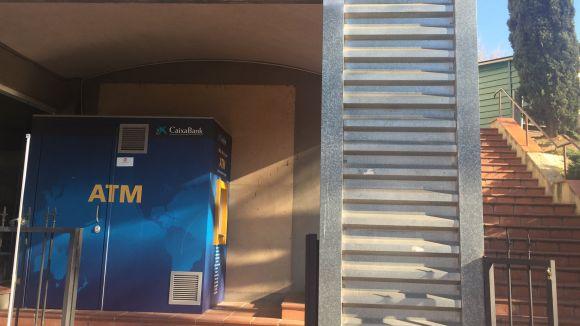 CaixaBank instal·la un caixer automàtic d'última generació al Mercantic