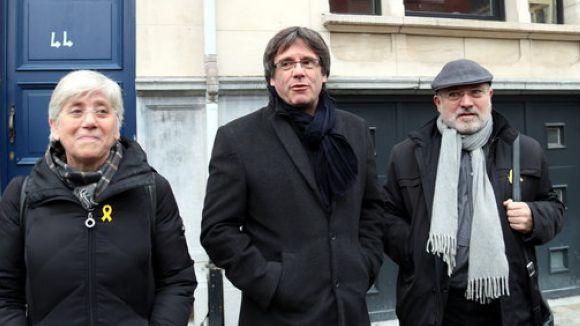 JxCat demana la delegació de vot per a Puigdemont, Puig i Ponsatí
