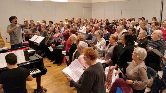 Els cantaires del 'Canta Gran!' escalfen motors per a l'espectacle d'aquest diumenge