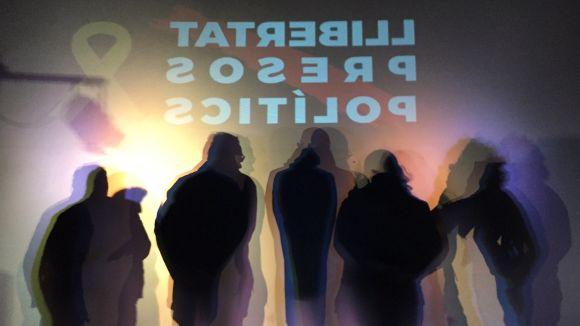 El ple de Sant Cugat reclama un cop més la llibertat dels 'presos polítics'