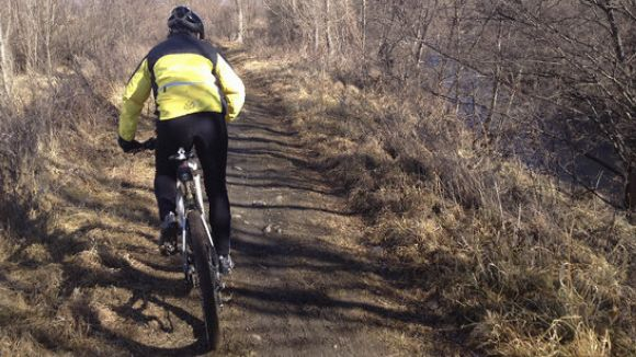 Cinc investigadors de la Gimbernat de Sant Cugat i la UAB creen un seient de bicicleta per evitar lesions