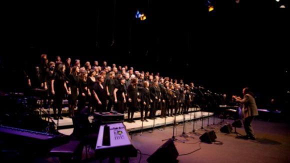 El Gospel Sant Cugat celebra 10 anys amb més de 100.000 euros recaptats i l'horitzó en els 100 cantaires